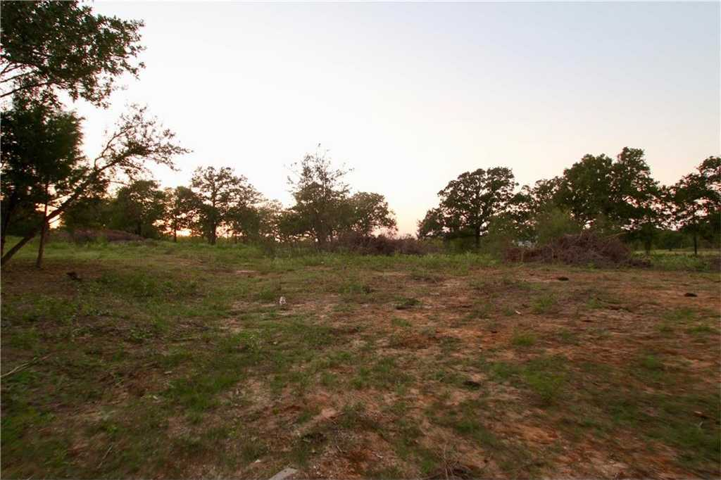 $74,900 - Br/Ba -  for Sale in Walker, Martin, McDade