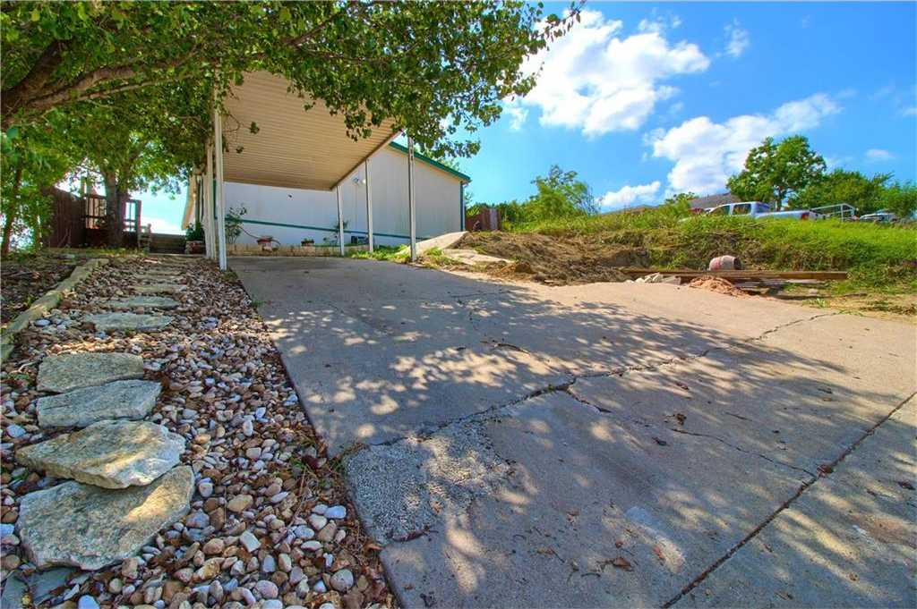 $124,900 - 3Br/2Ba -  for Sale in North Point Ph 01 Sec 02, Austin