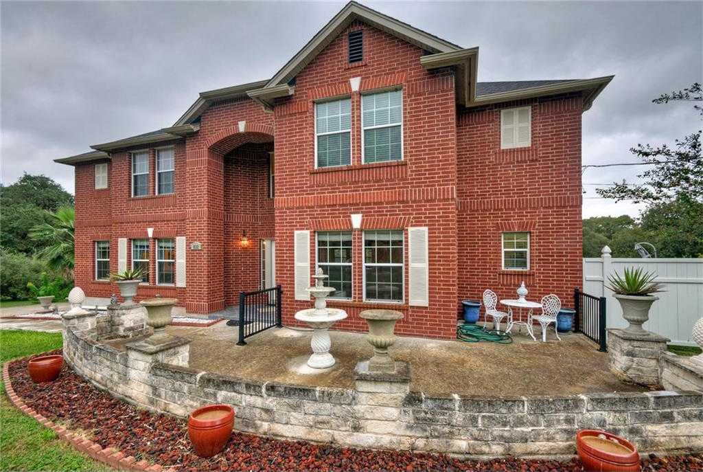 $399,999 - 5Br/4Ba -  for Sale in Arroyo Ranch Sec One, Kyle