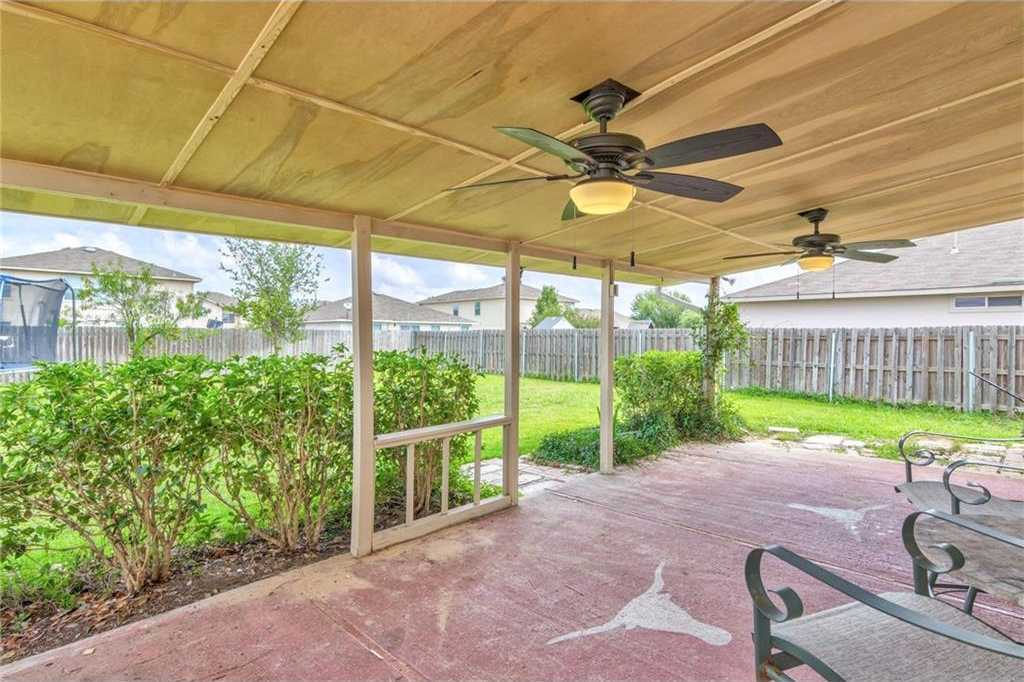 $196,900 - 3Br/3Ba -  for Sale in Sec Hutto Parke 03, Hutto