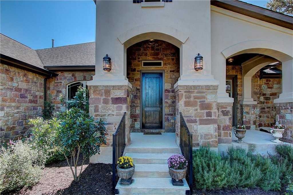 $609,900 - 4Br/4Ba -  for Sale in Rim Rock Ph One Sec Five, Driftwood