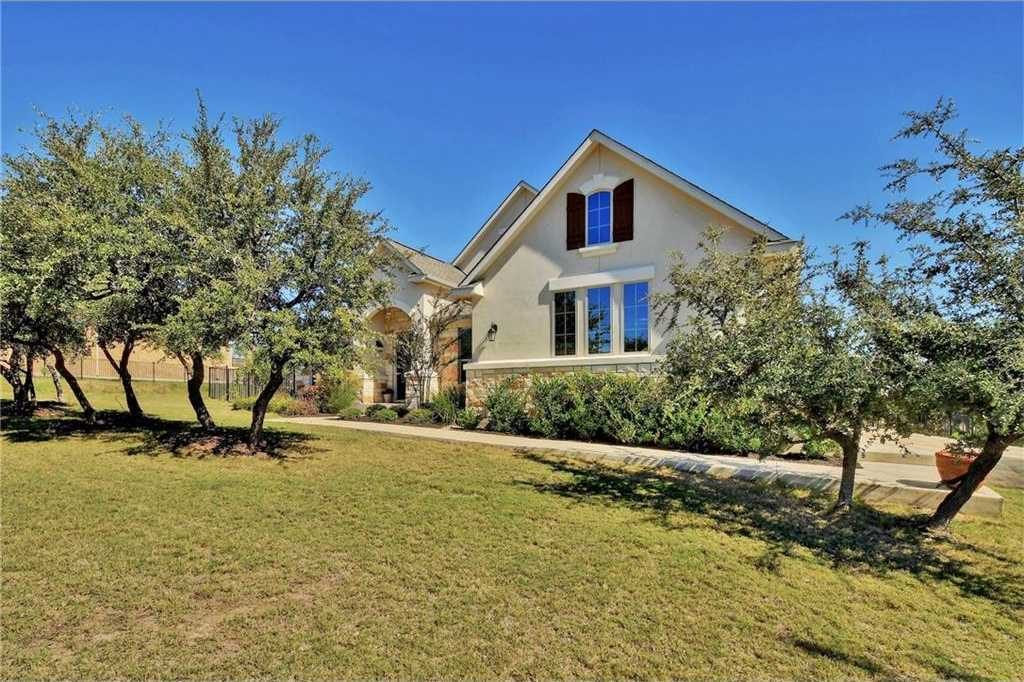 $600,000 - 4Br/3Ba -  for Sale in Vistancia Sec 2, Dripping Springs