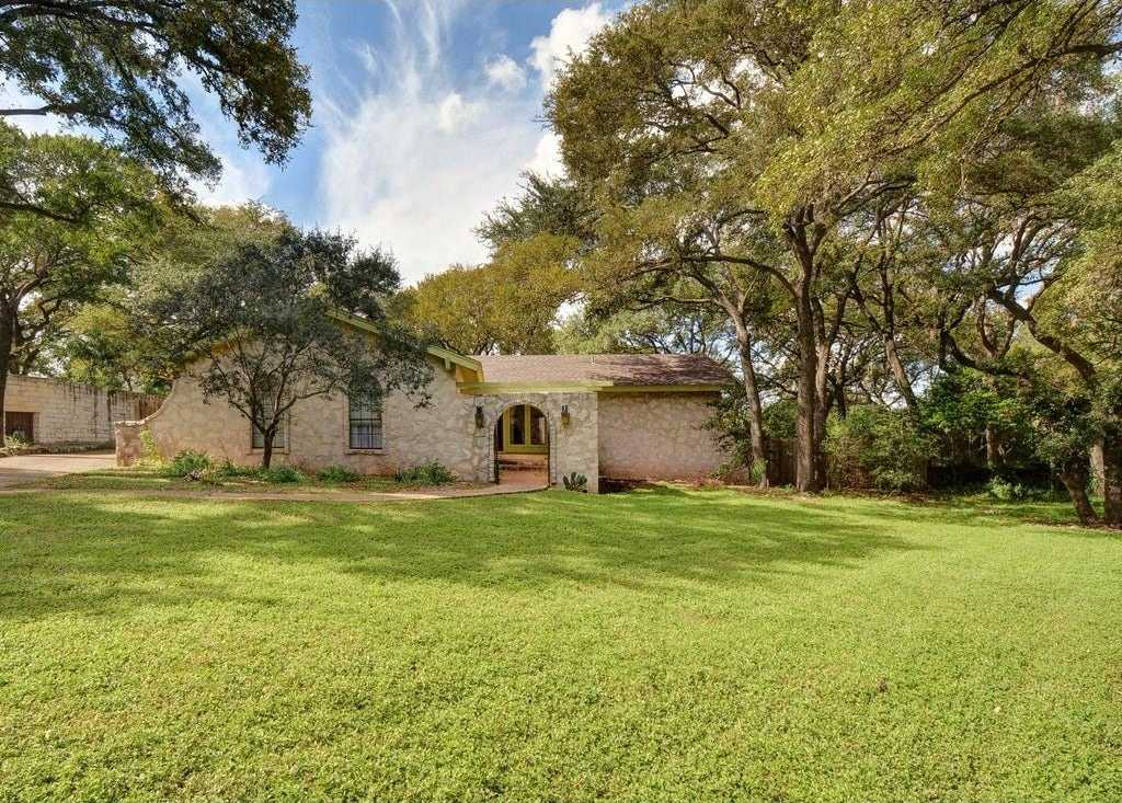 $740,000 - 3Br/2Ba -  for Sale in Rolling Hills West Sec 04, Austin