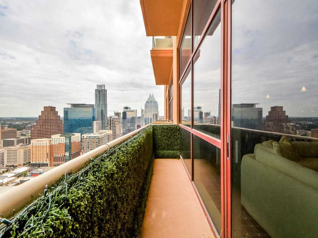 - 2Br/2Ba -  for Sale in Five Fifty 05 Condo Amd, Austin