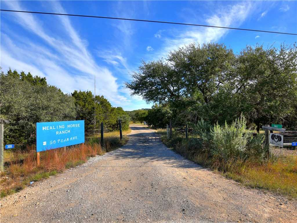 $600,000 - 4Br/3Ba -  for Sale in River Oaks Ranch Ph 3, Dripping Springs