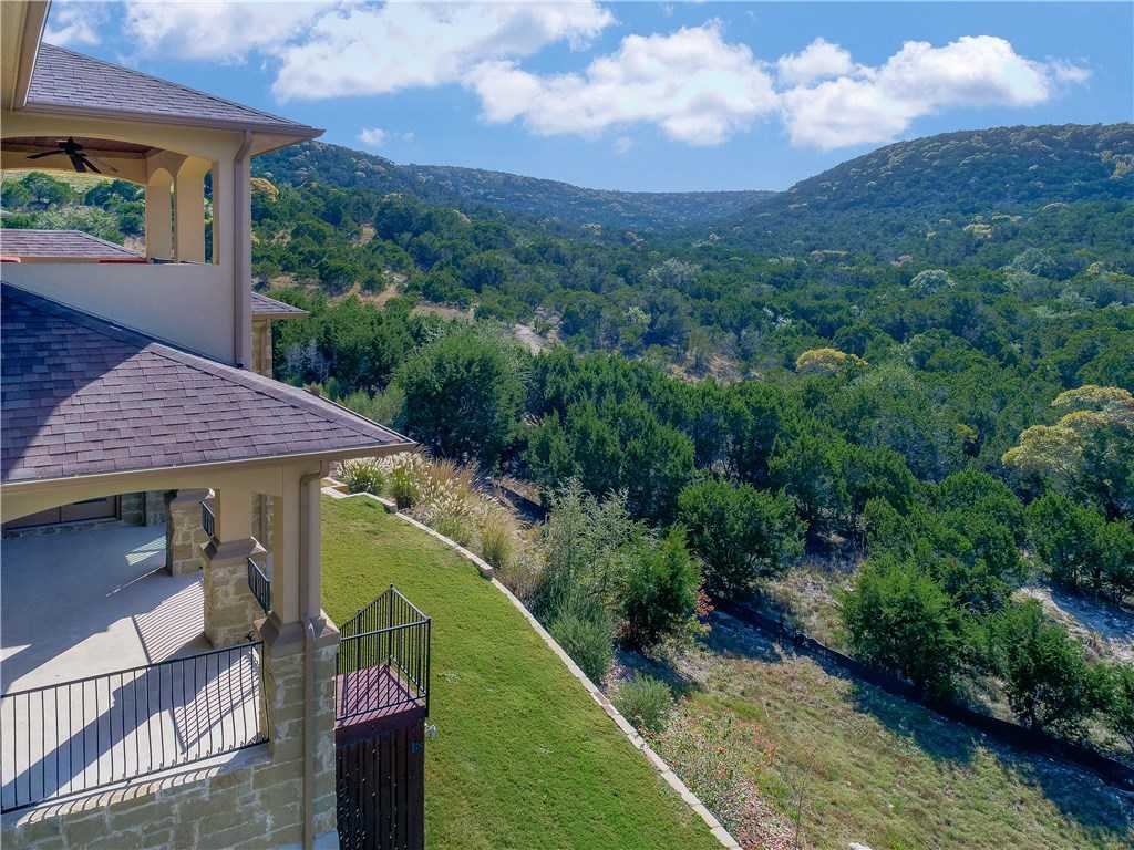 $769,000 - 4Br/4Ba -  for Sale in Sweetwater Ranch Sec 2 Village, Austin