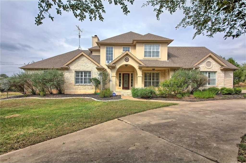 $440,000 - 4Br/3Ba -  for Sale in Saddletree Ranch Sec 2, Dripping Springs