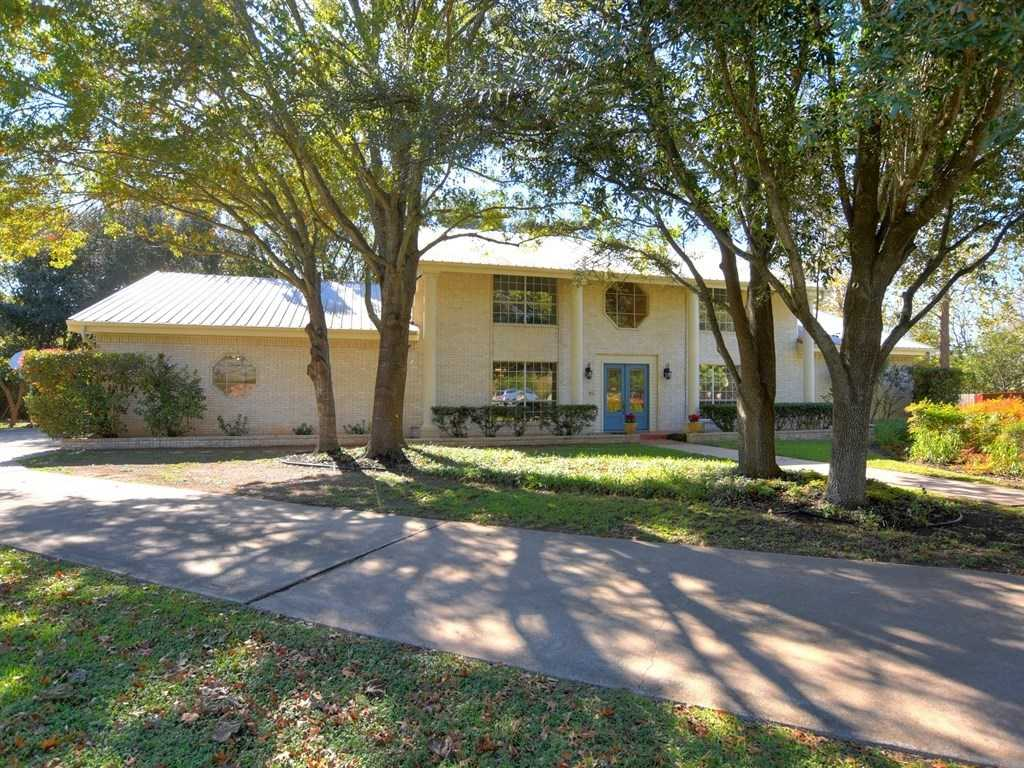 $499,900 - 4Br/5Ba -  for Sale in Willow Creek, Pflugerville