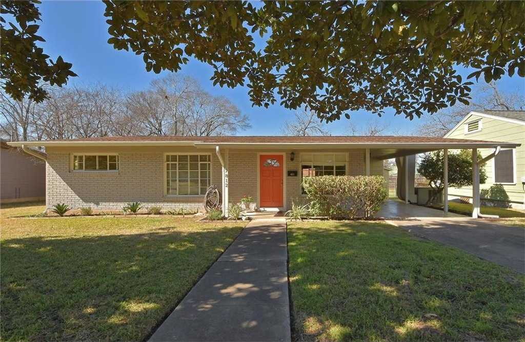 - 3Br/1Ba -  for Sale in Meadowlawn Add, Austin
