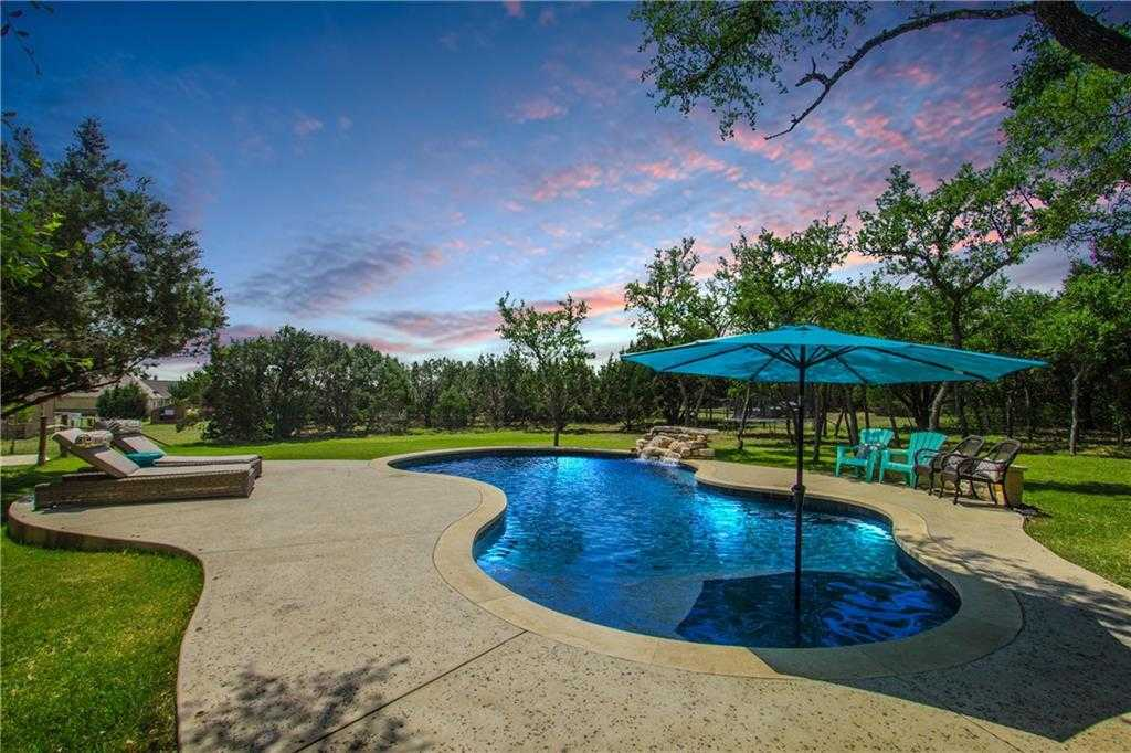 $679,000 - 4Br/3Ba -  for Sale in Chama Trace, Dripping Springs
