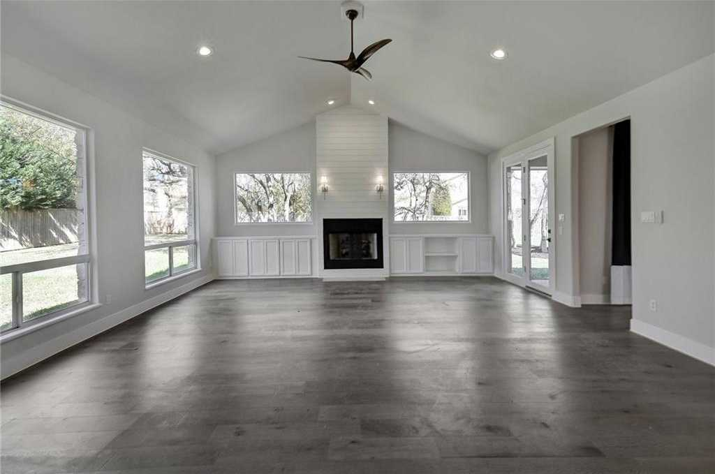 $899,900 - 5Br/4Ba -  for Sale in Uplands Ph 01, Bee Cave