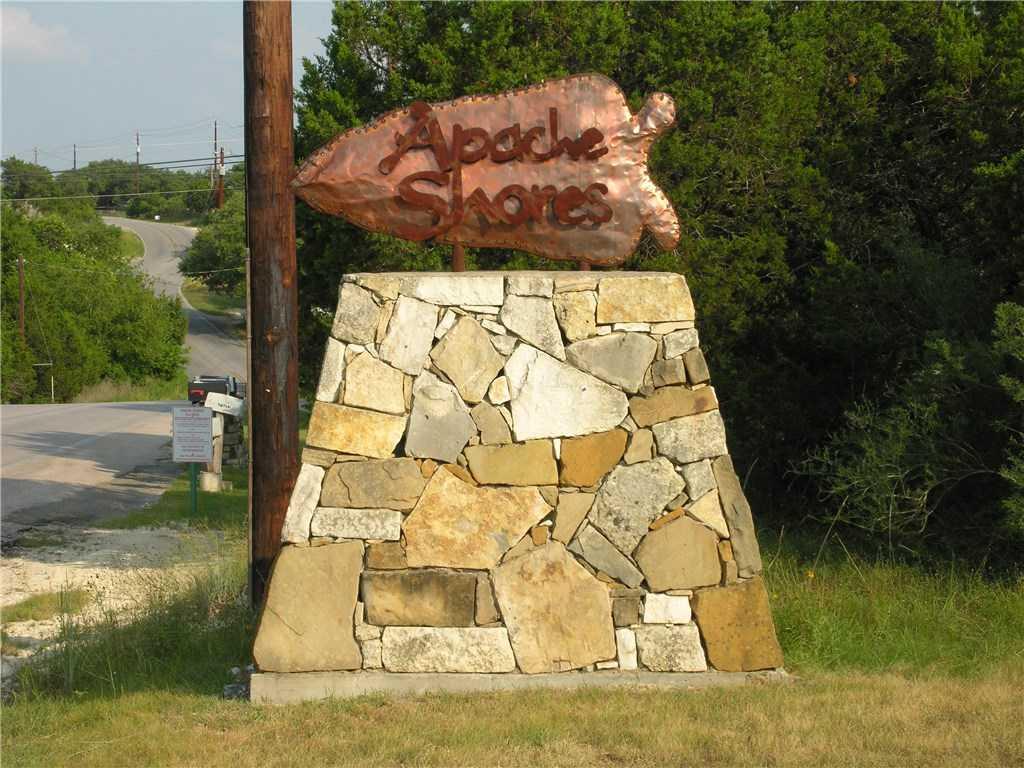 $437,000 - 3Br/3Ba -  for Sale in Apache Shores, Austin