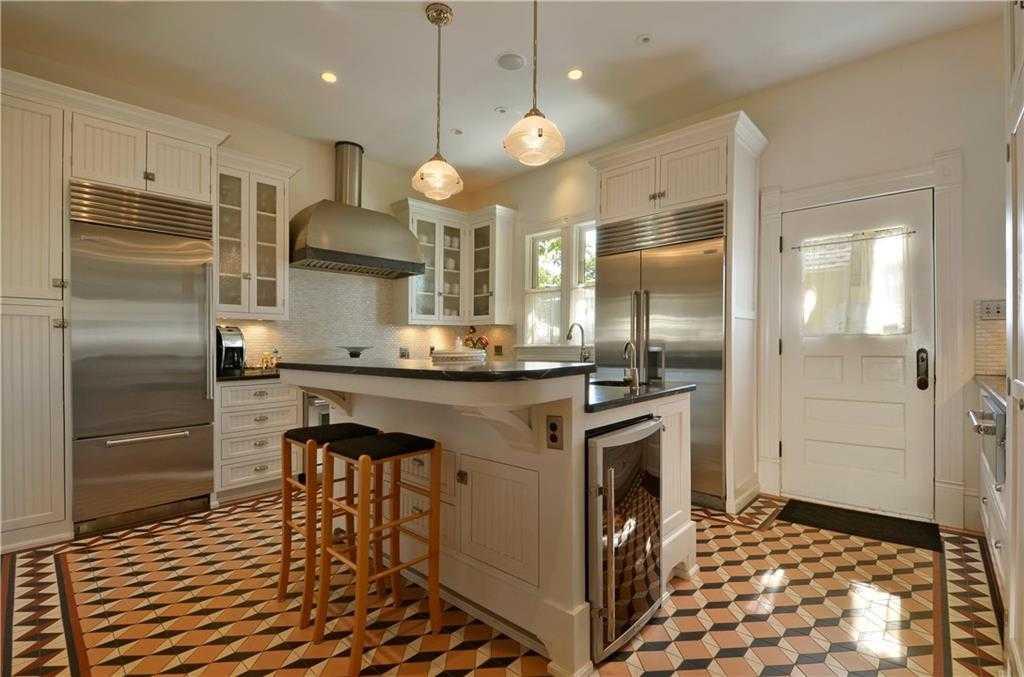 $2,550,000 - 4Br/5Ba -  for Sale in Division E, Austin