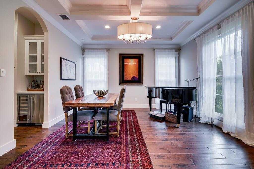 $1,595,000 - 4Br/4Ba -  for Sale in Perlitz Houston, Austin