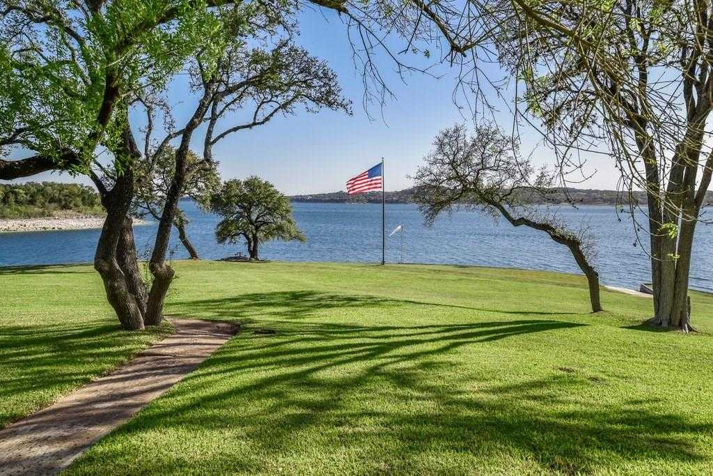 $2,995,000 - 4Br/4Ba -  for Sale in Lake Travis 04, Volente