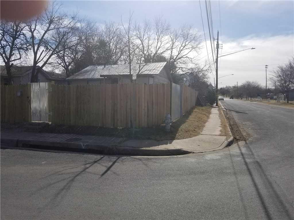 $275,000 - 2Br/1Ba -  for Sale in Chernosky 04, Austin