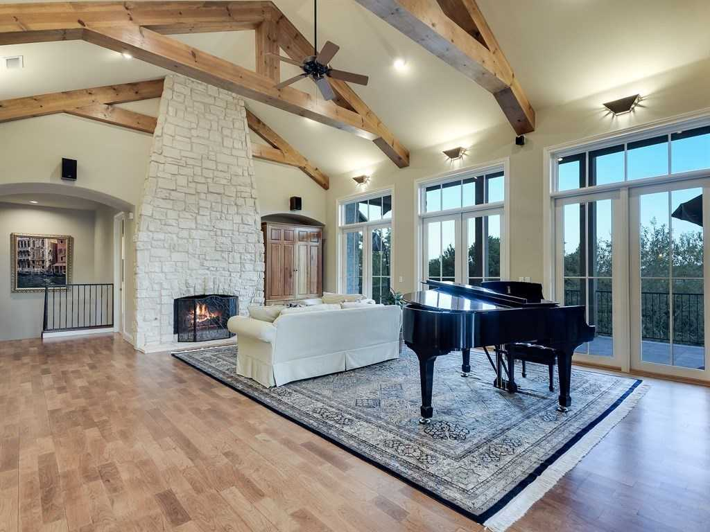 $1,595,000 - 5Br/4Ba -  for Sale in Rob Roy, Austin