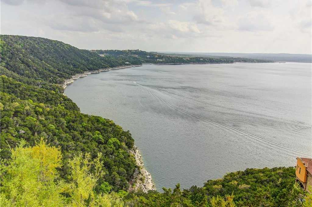 $1,249,999 - 3Br/4Ba -  for Sale in Comanche, Austin