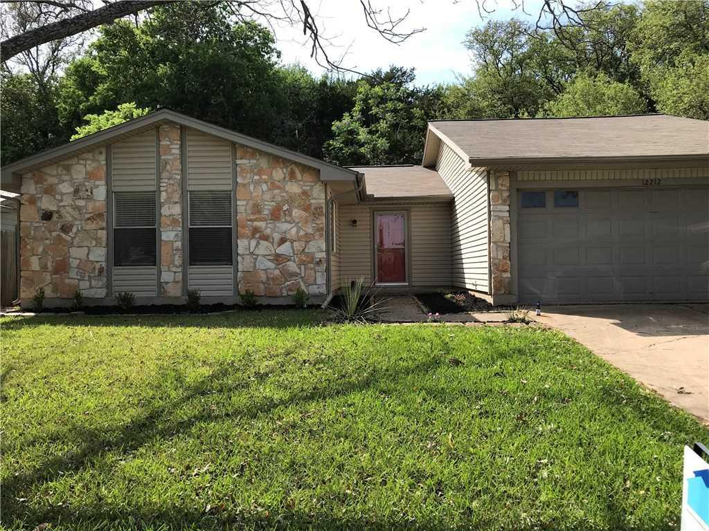 $319,900 - 3Br/2Ba -  for Sale in Walnut Crossing Sec 01, Austin