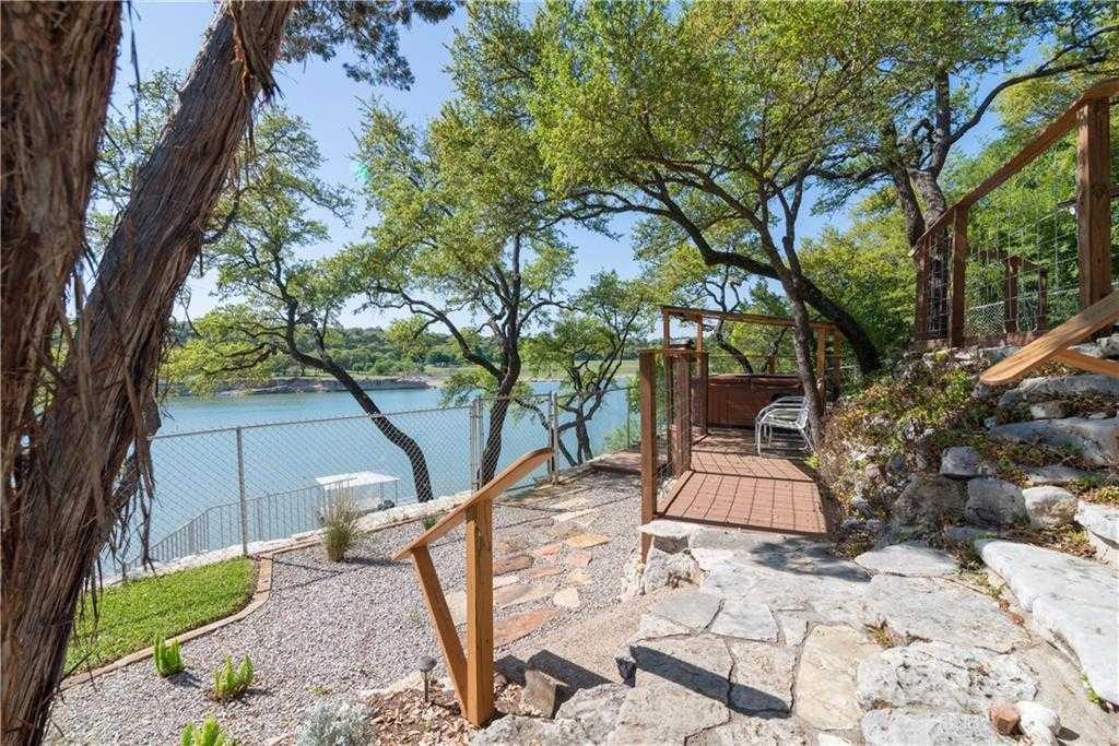 $500,000 - 1Br/1Ba -  for Sale in Round Mountain, Austin