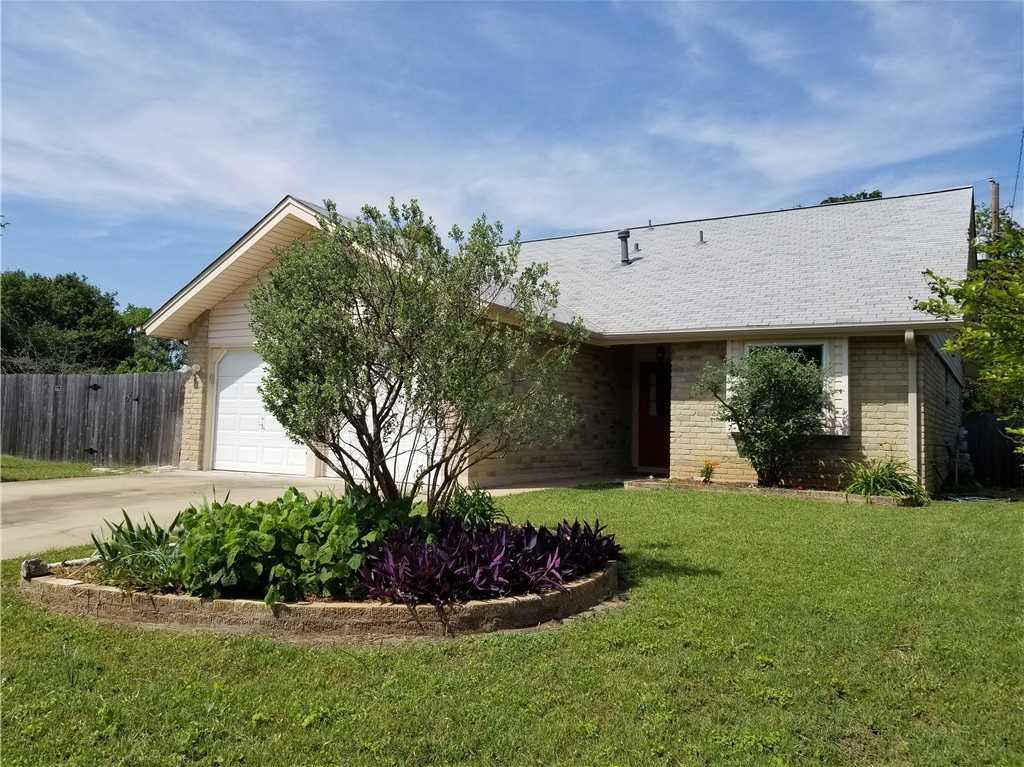 $330,000 - 4Br/2Ba -  for Sale in Oak Plantations, Austin