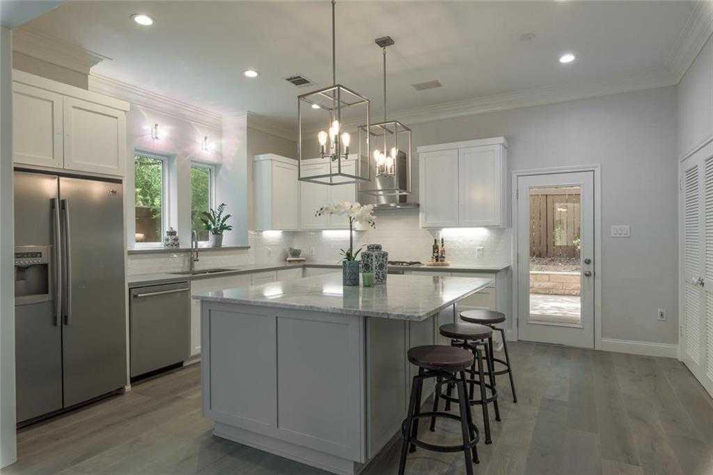 $1,399,000 - 3Br/4Ba -  for Sale in Moeller Karl H Add 02 Twnhs, Austin