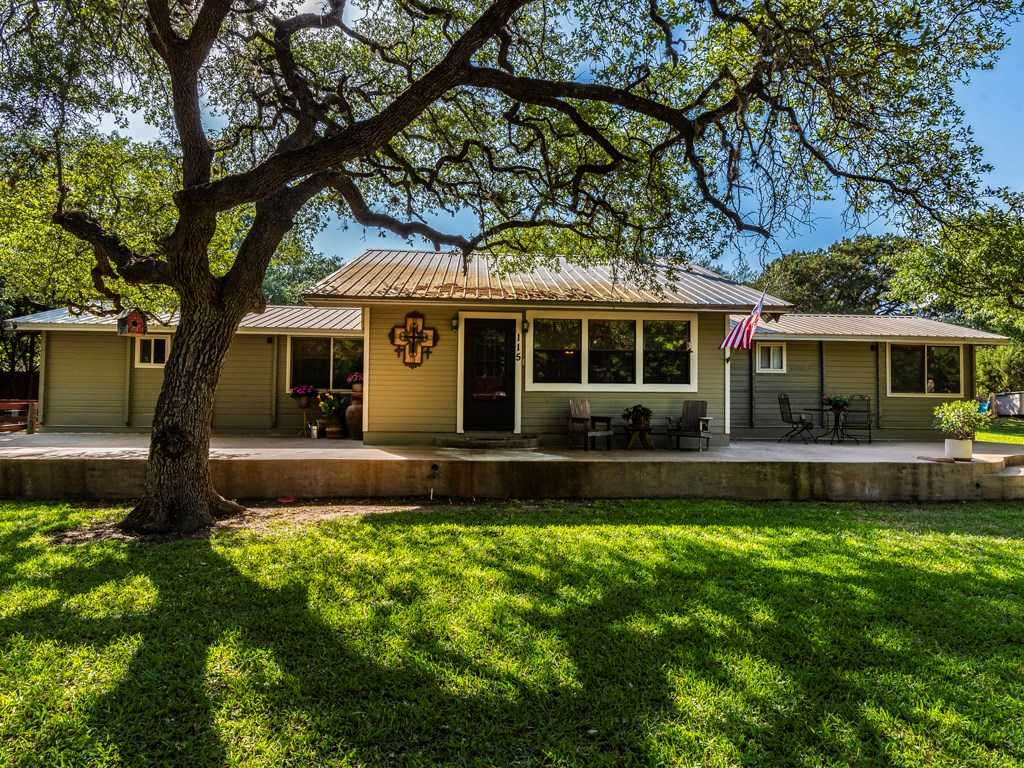 $425,000 - 4Br/3Ba -  for Sale in N/a, Dripping Springs