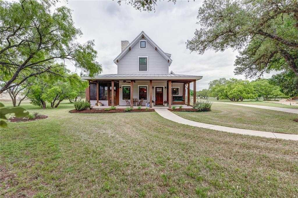 $559,900 - 3Br/3Ba -  for Sale in Howard Ranch Sec 1, Driftwood
