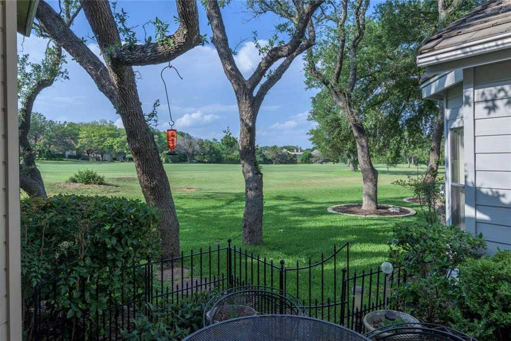 $338,500 - 4Br/4Ba -  for Sale in Champions Lakeway, Lakeway