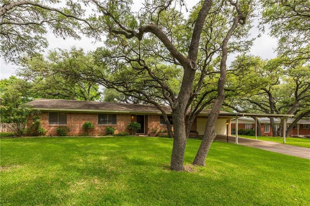 $369,000 - 3Br/2Ba -  for Sale in Eubank Acres Sec 02, Austin