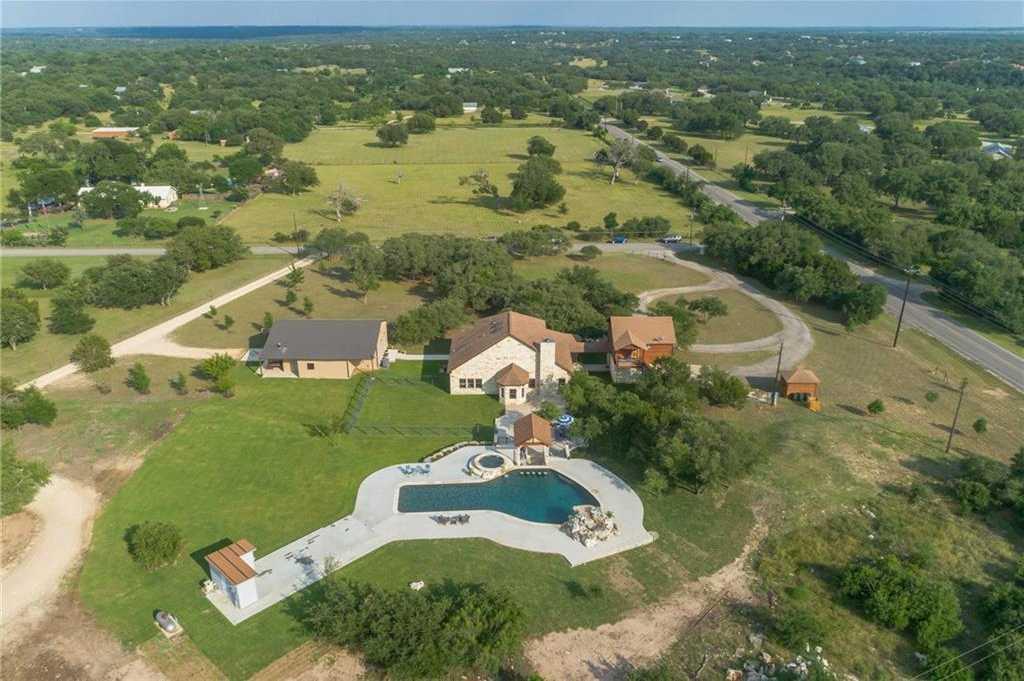 $1,200,000 - 5Br/5Ba -  for Sale in Los Ranchos, Driftwood