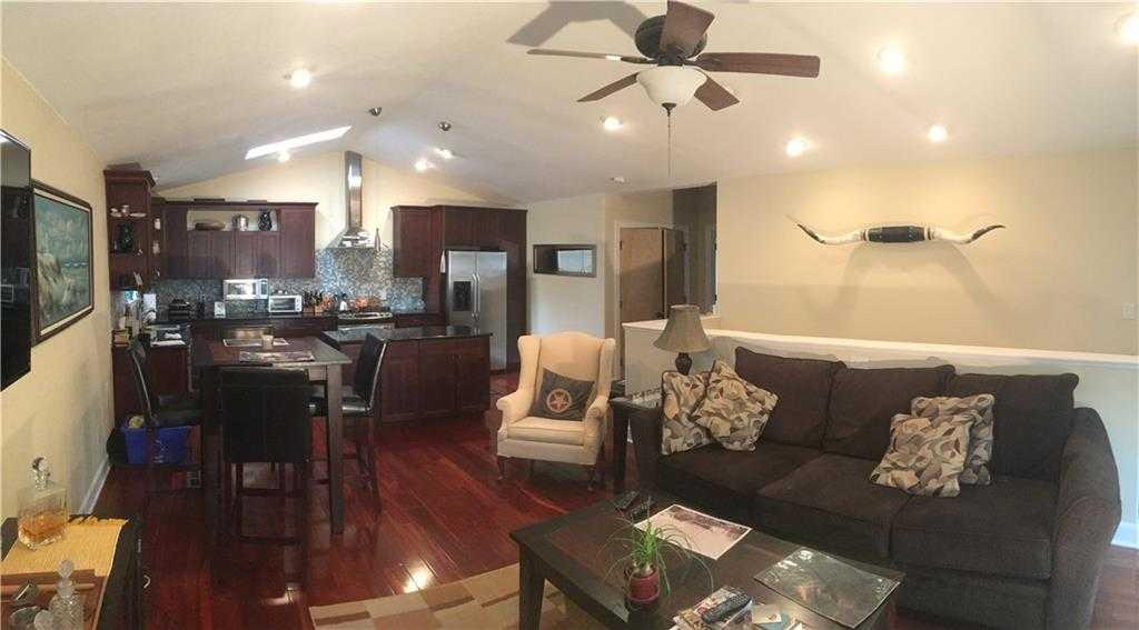 - 3Br/2Ba -  for Sale in 305 West Live Oak Condo Amd, Austin