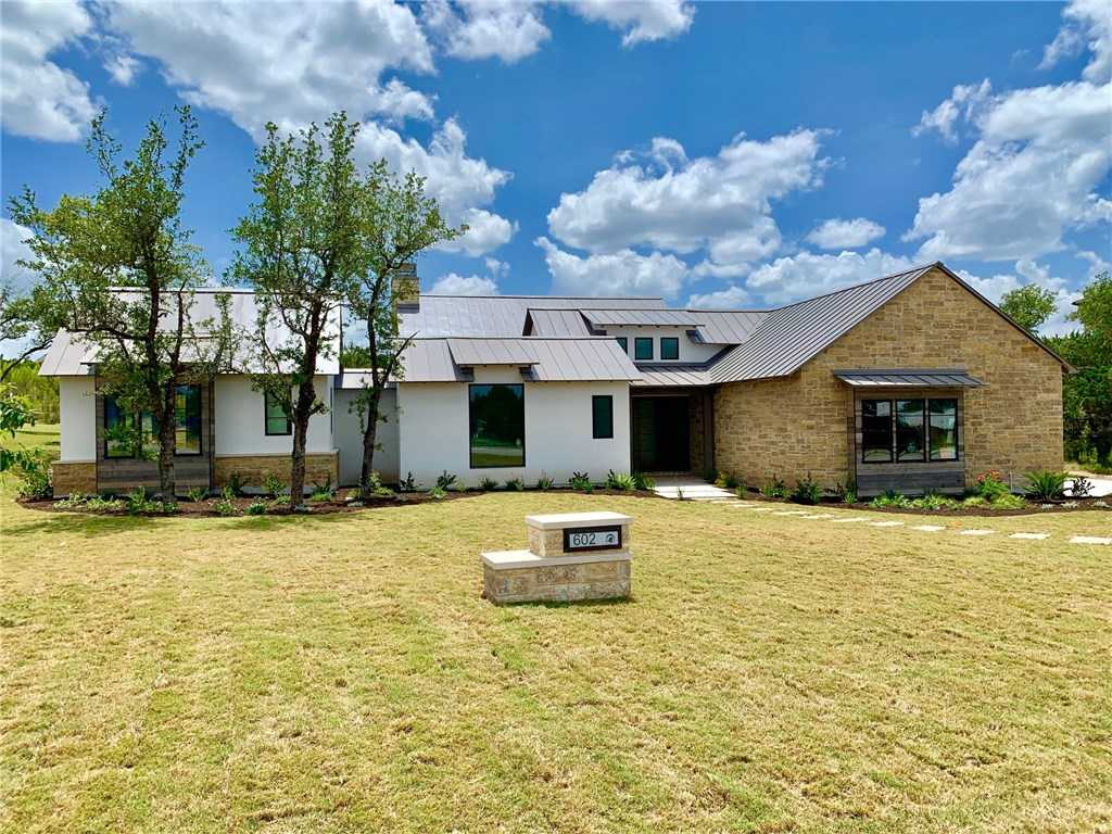 $975,000 - 4Br/5Ba -  for Sale in Serene Hills Ph 3wa & Rep, Lakeway