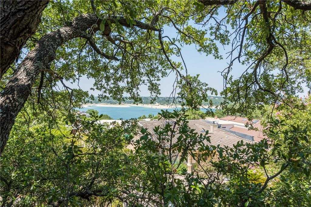 $385,000 - 3Br/2Ba -  for Sale in Bluffs Condo Amd, Austin