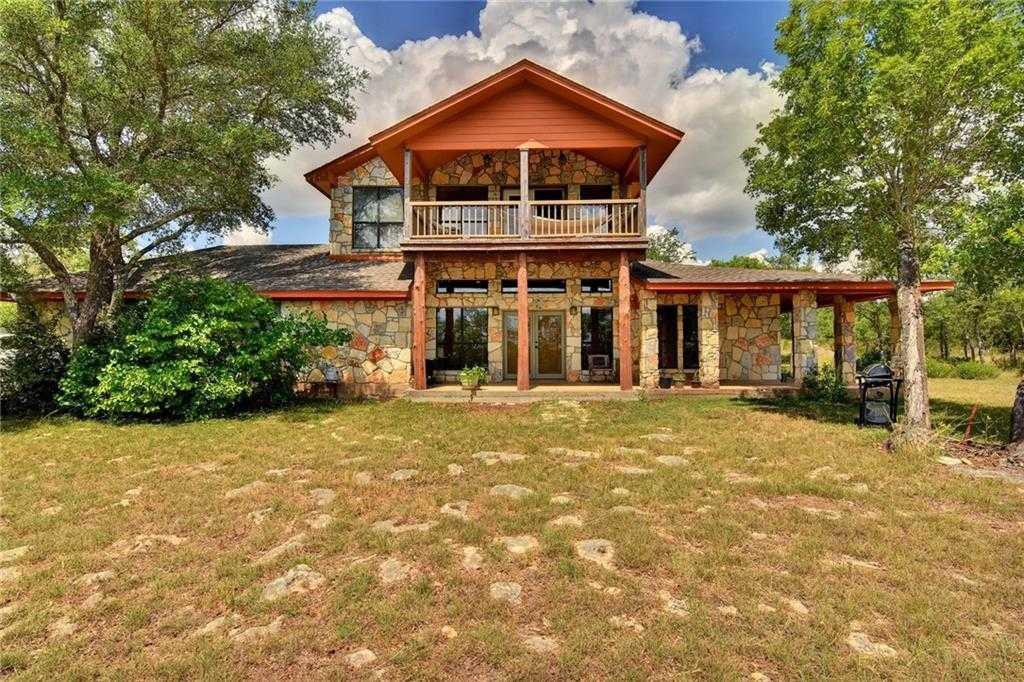 $500,000 - 3Br/3Ba -  for Sale in Stagecoach Ranch Sec 1, Dripping Springs