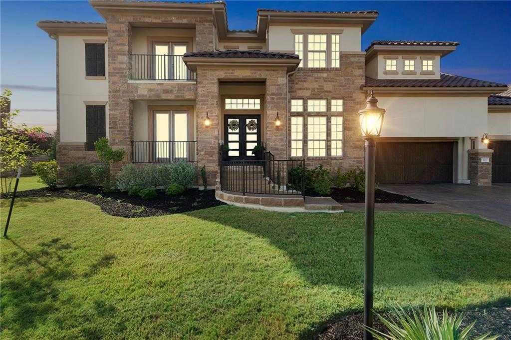 $824,900 - 5Br/5Ba -  for Sale in Rough Hollow; The Enclave; Lakeway, Austin
