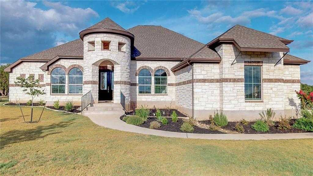 $624,800 - 4Br/4Ba -  for Sale in Rim Rock Ph Two Sec Four, Driftwood