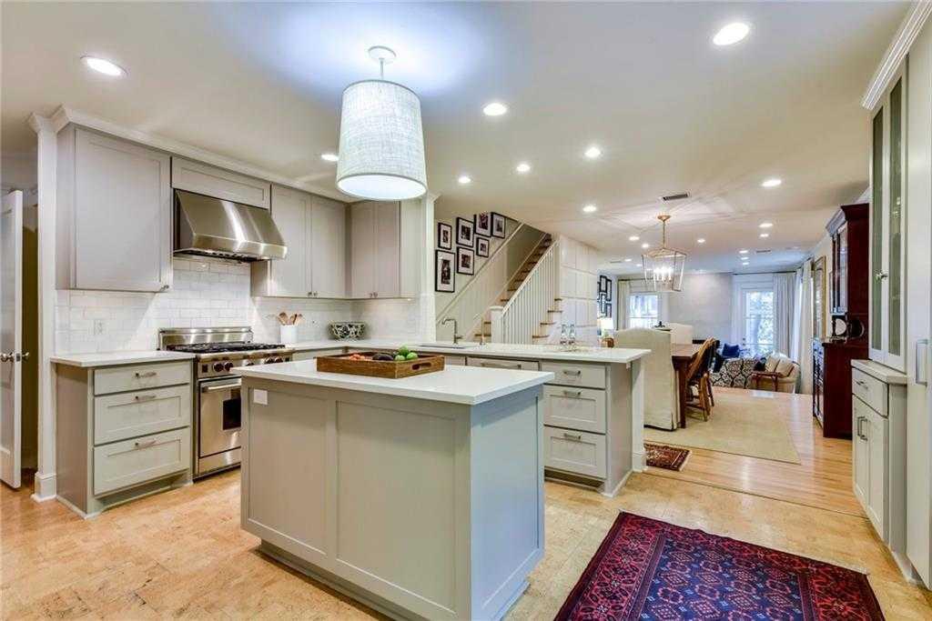 $1,370,000 - 5Br/3Ba -  for Sale in Tobin & Johnson, Austin