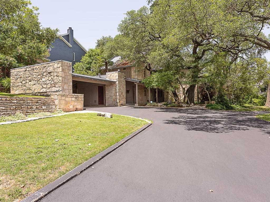 $1,275,000 - 4Br/3Ba -  for Sale in Rolling Hills West, Austin