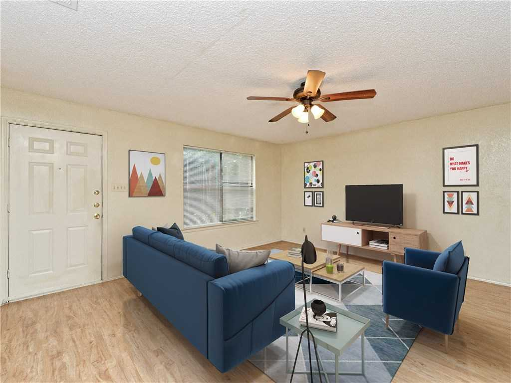 - 2Br/1Ba -  for Sale in Silverton Heights, Austin
