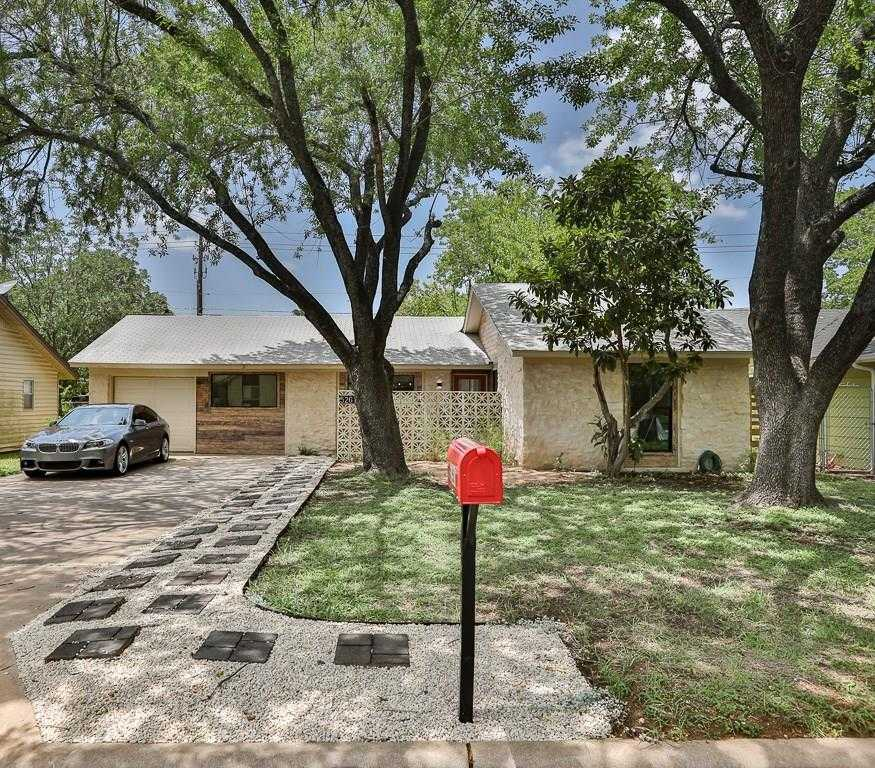 $379,400 - 3Br/2Ba -  for Sale in Emerald Forest Sec 05, Austin