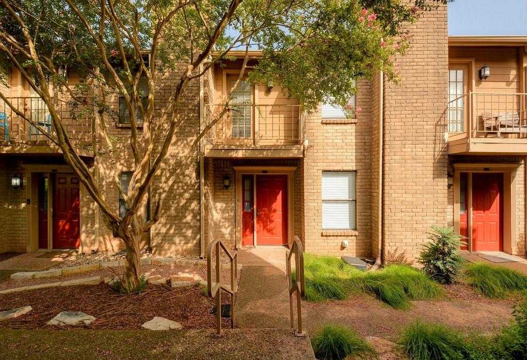 $235,000 - 2Br/2Ba -  for Sale in Eight Hundred Banister Place, Austin