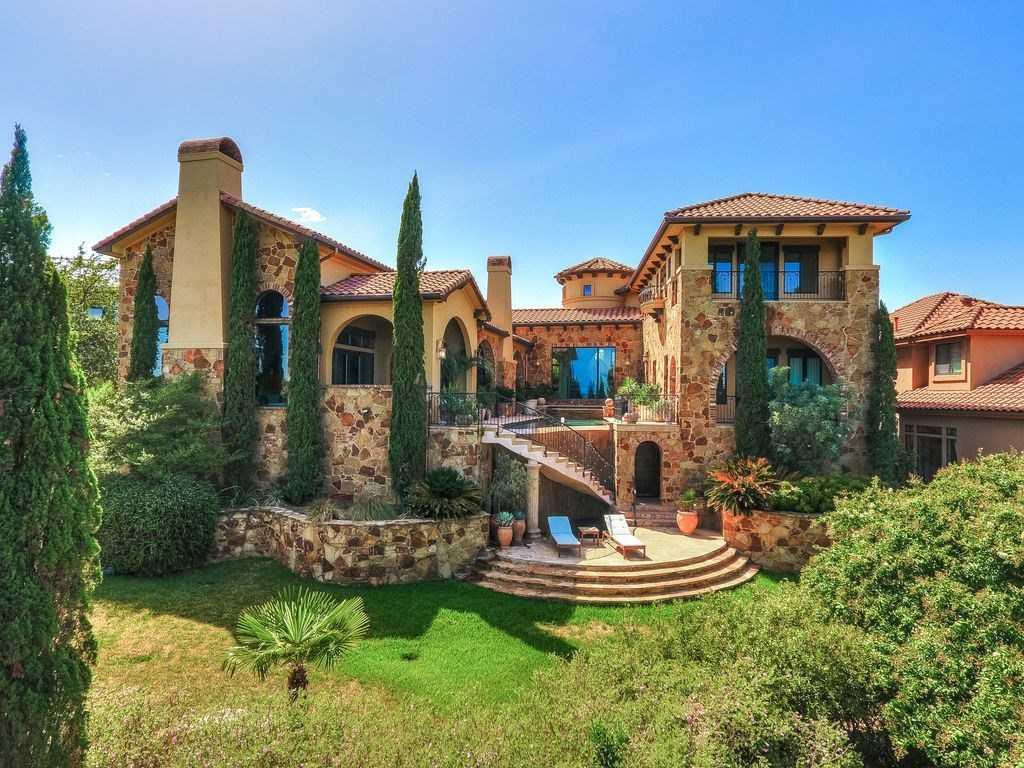 $1,395,000 - 5Br/4Ba -  for Sale in Lake Pointe Sec 07, Austin