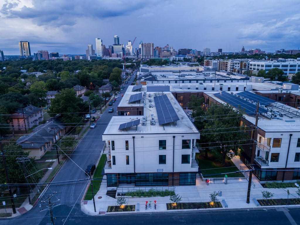 $365,000 - 1Br/1Ba -  for Sale in Division O, Austin