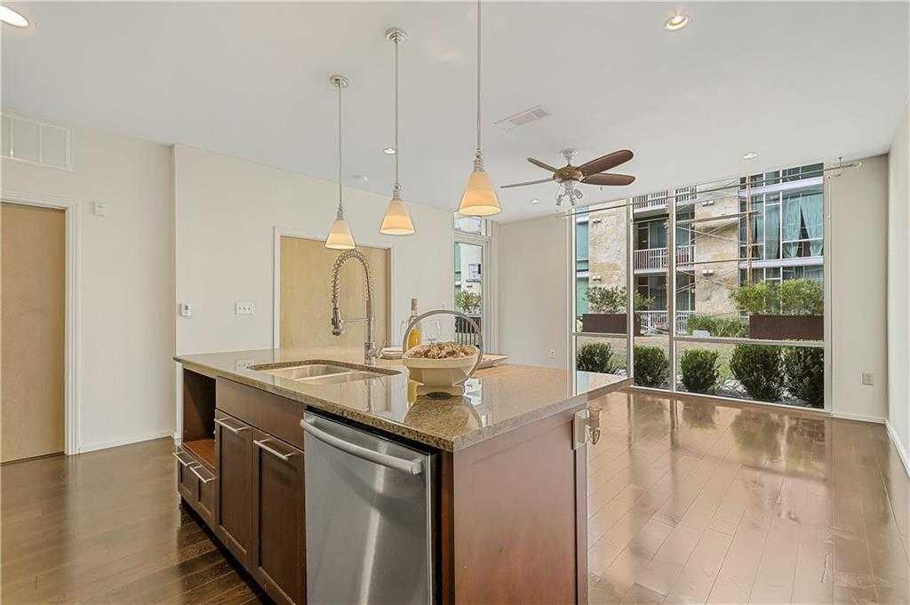 $359,000 - 1Br/1Ba -  for Sale in Bartonplace Condo, Austin
