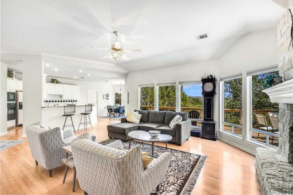 $555,000 - 3Br/2Ba -  for Sale in Homestead Sec 04, Austin