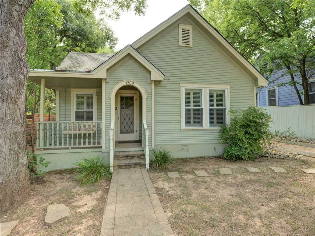 $750,000 - 3Br/3Ba -  for Sale in Travis Heights, Austin