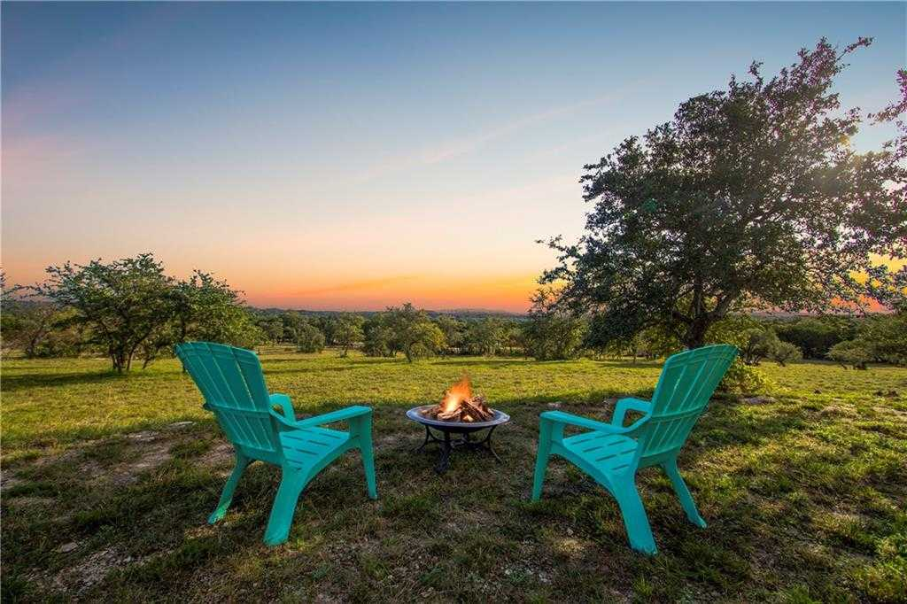 $394,900 - 7Br/4Ba -  for Sale in N/a, Dripping Springs