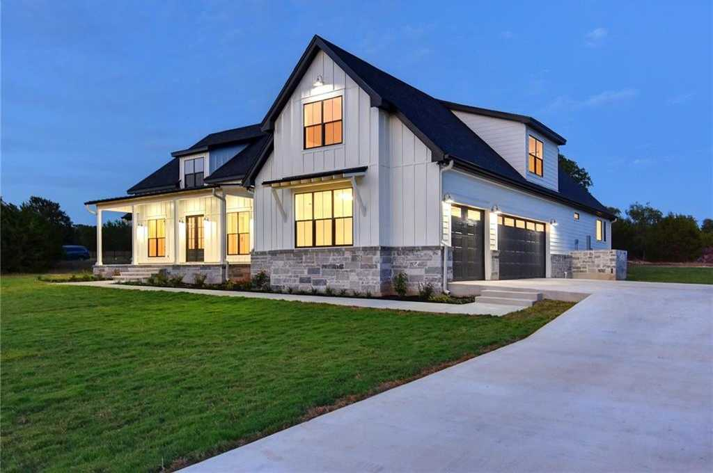 $850,000 - 4Br/5Ba -  for Sale in Dos Lagos Sub, Dripping Springs