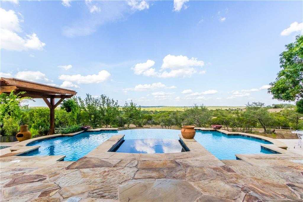 $829,000 - 4Br/3Ba -  for Sale in Stanford Oaks Estates, Dripping Springs